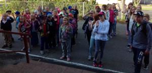 Jäppilän koulun oppilaat ensimmäisenä kouluaamuna