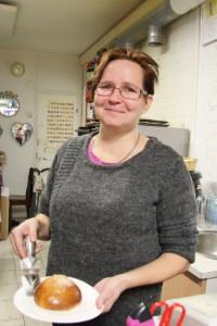 Sari Kaipainen on ollut kohta vuoden päivät Ullan Kellaripuodin toisena yrittäjänä.